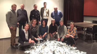 'Klaver Vier-eindejaarscomité' trekt winnaars grote eindejaarsactie - Eindejaarsactie.