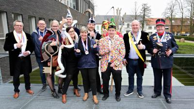 Assenede krijgt voor het eerst in geschiedenis verlichte avondcarnavalsstoet - De Werkgroep Carnaval 2019.