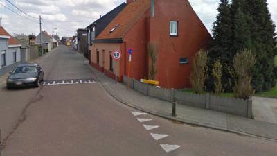 Aanleg verkeersplateau kruispunt Staakstraat, Sasdijkstraat en Kloosteraprilstraat - Kloosteraprilstraat
