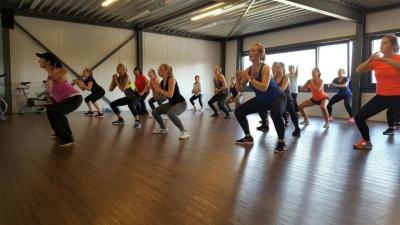 Start to move en aerobiclessen in de sporthal - Aerobic