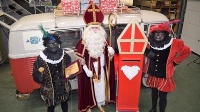 Trek je mooiste (Sinterklaas)kostuum aan en versier de straat, want de Sint trekt op 5 december op ronde in  Assenede - De Sint in Assenede.