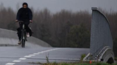 Agentschap Wegen en Verkeer plaatst afsluiting langs fietspad Stroomstraat - Brug over Stroomstraat