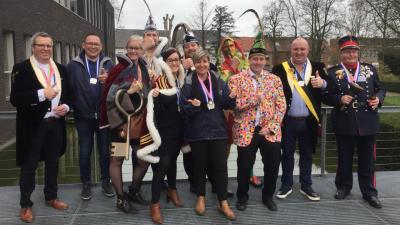 Carnavalswandeling grijpt terug naar bijna  eeuw carnaval vieren in Assenede - Werkgroep carnaval.