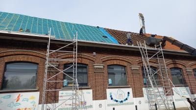 Dak gemeentelijke basisschool Bassevelde -
