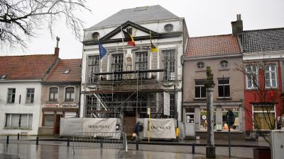 Langverwachte restauratie oud gemeentehuis nog dit jaar van start - Oud gemeentehuis Assenede