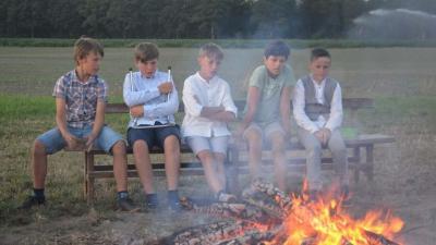 Assenede biedt gratis sneltesten aan voor jeugdbewegingen die op kamp vertrekken - KLJ Assenede.