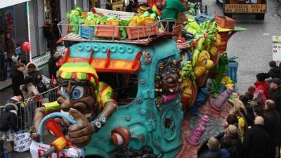 Carnavalsstoet zoekt praalwagens -